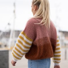 Cool, fun and happy knitwear. Knitting pattern for womens sweater. We love colors, and we love mohair! Fun knit, fantastic to wear! Jumper Knitting Pattern, Jumper Patterns, Free Knitting Patterns For Women, Parisienne Chic, Knitting Kits, Kids Knitting, Sock Knitting, Mohair Sweater, Winter Sweaters