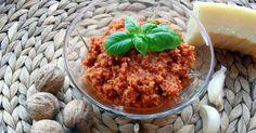Kuchnia Alisz: Domowe czerwone pesto z suszonych pomidorów i orzechów włoskich