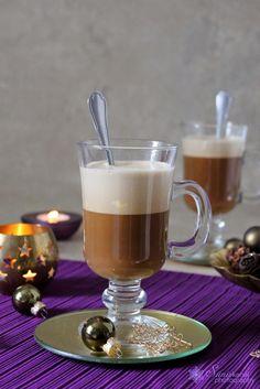 Tojáshabos-rumos kávé
