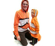 No-Sew Finding Nemo Clownfish Costume Adult and Kid Purim Costumes, Cute Costumes, Family Halloween Costumes, Super Hero Costumes, Baby Costumes, Adult Costumes, Halloween Party, Costume Ideas, Halloween Ideas
