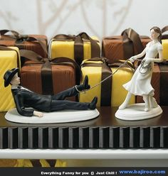 Funny Wedding Cake Toppers (28 Photos)