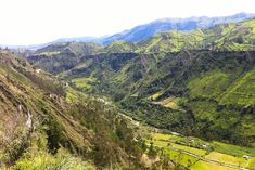 Ailish Casey hikes through the Quilotoa Loop, one of Ecuador's most beautiful treks, and shows readers how they can do it, too. Ecuador, Mini Spa, Bus Travel, The Far Side, Day Hike, Trekking, Travel Destinations, Hiking, Tours