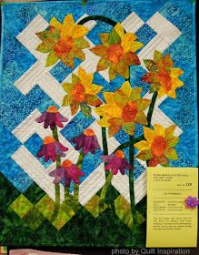 Quilt Inspiration: Bloooming beauties: Fun flower quilts