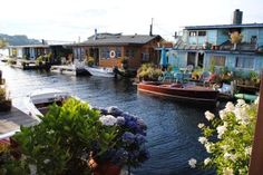 Would love to retire and live on a house boat