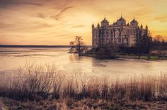 Stora Sundby Castle by http://www.henriksundholm.com/, via Flickr