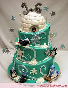 This would be an awesome winter onederland cake!