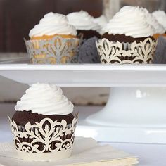Available in white, gold, silver or ivory, classic damask filigree laser cut paper cupcake liners will add delicate detail to your wedding cupcakes.