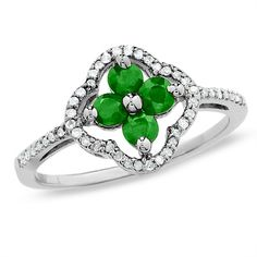 Clover emerald & diamond ring. So pretty. I yearn for this.