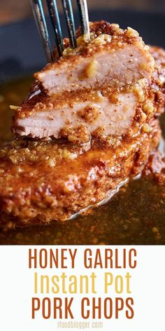 instant pot recipes These Instant Pot Pork Chops are so flavorful and easy to make. Less than 10 minutes of prep work and you can make the most delicious pork chops that everyone will love. This is the best instapot boneless pork chop recipe. Yummy Recipes, Crockpot Recipes, Cooking Recipes, Best Instapot Recipes, Best Instant Pot Recipe, Instant Pot Dinner Recipes, Instant Pot Meals, Instant Recipes, Instant Pot Pork Chops