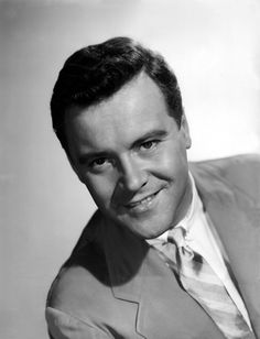 Everyone has a crush on Jack Lemmon Old Hollywood Stars, Hollywood Icons, Golden Age Of Hollywood, Vintage Hollywood, Classic Hollywood, Jack Lemmon, Celebrities Then And Now, I Miss U, Classic Movie Stars