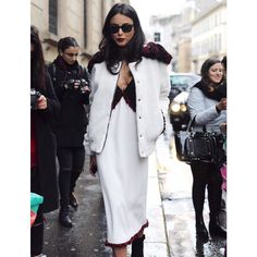 #ChiaraBiasi Chiara Biasi: outside @trussardinews #fashionshow 9️⃣0️⃣ #mfw #milan |  @simonecasconi | hair & make-up by @giuliopanciera @lorealpro @lorealproit | sunnies @rayban - total look @aujourlejour_official - shoes @isabelmarant |