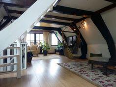 http://livingamsterdam.com/sleeping/apartments/damsquare-loft/