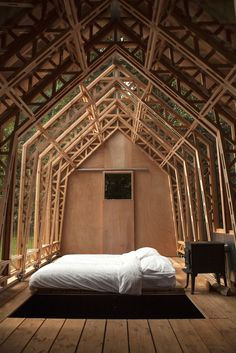 Timber Structure, Wood Architecture, Wooden House, House And Home Magazine, House In The Woods, Wood Construction, Home And Garden, Layout, Tiny House