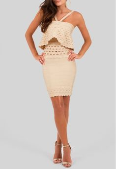 POWERLOOK - Aluguel de Vestidos Online - Vestido Florença curto de bandagem com babados no busto removível Lolitta - bege #florença #vestidocurto #curto #babados #bege #vestidobege #lolitta #bandagem   #alugueldevestidos #powerlook #vestidomadrinha #madrinha #vestidocasamento #casamento #vestidofesta #festa  #lookcasamento #lookmadrinha #lookfesta #party #glamour #euvoudepowerlook  #dress   #dia