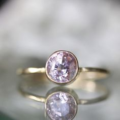 This would be a great engagement ring:)