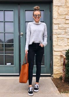 This month I'm hosting a closet challenge and encouraging you to get dressed intentionally every day. Here are 25 spring outfits to get the ideas flowing. Mom Outfits, Jean Outfits, Simple Outfits, Casual Outfits, Cute Outfits, Fashion Outfits, Girly Outfits, Mom Fashion, Petite Fashion