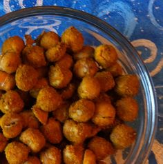 Curry Spiced Roasted Chickpeas