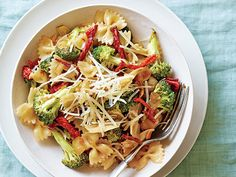 Sun-dried Tomato and Broccoli Pasta Recipe  | Epicurious.com