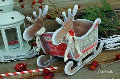 Φωτογραφίες από τον τοίχο του χρή.. Christmas Decoupage, Photo Wall, Christmas Ornaments, Holiday Decor, Home Decor, Photograph, Decoration Home, Room Decor, Christmas Jewelry