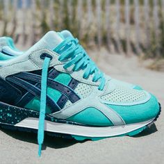The Asics Collab drops continue to heat up. The next hit of Collaborative goodness sees Asics team up with UBIQ, this time reworking the Gel-Lyte Speed which has been dubbed 'Cool Breeze'. The Asics x UBIQ Gel-Lyte Speed 'Cool Breeze' combines many key elements that will no doubt tick most boxes for Trainer wearers and collectors worldwide, rich suede uppers, leather accents, speckled midsole and a fresh colourway that screams 'Summertime'. Those of you that may be a bit wary of an Asics…
