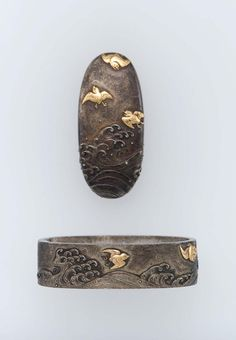 virtual-artifacts:  Fuchi-kashira with design of birds and wavesJapaneseEdo periodearly to mid-19th centuryYoshioka Shigetsugu (Japanese, 1569–1653 Japanese),Yoshioka School