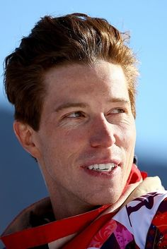 18 American Hotties Who Are Heating Up Sochi. Where can I order 18 Bobby Browns? Shawn White, Beautiful Men, Beautiful People, Riders On The Storm, Stud Muffin, Olympic Athletes, Olympians, 2018 Winter Olympics, Still In Love
