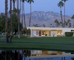 Palm Springs <3 Modern Houses, Mid-century Modern, Palm Springs Mid Century Modern, Interior Architecture, Interior Design, Coachella Valley, Desert Homes, Happy House, Mid Century House
