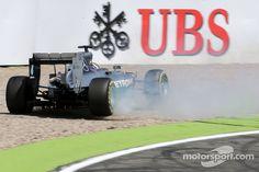 Lewis Hamilton, Mercedes AMG F1 W05 has big crash | Main gallery | Photos | Motorsport.com