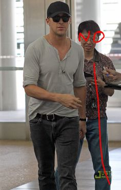 3...The 20 Most Flawless, Perfect Pictures Of Ryan Gosling At TheAirport