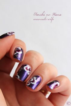 One Stroke fleurs violettes - Nature Nails Nail Art by Tenshi no Hana Flower Nail Designs, Cool Nail Designs, Beautiful Nail Art, Gorgeous Nails, One Stroke Nails, Flower Nails, Purple Flowers, Fun Nails, Girly Things