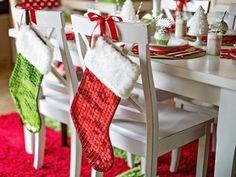 Mettre les chaussettes de Noel ailleurs ... /// Bas de noel sur les chaises