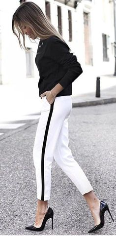 40 Casual White Pant Work Outfits in 2018 – Work Fashion Spring Outfits Classy, Summer Work Outfits, Casual Work Outfits, White Outfits, Cool Outfits, Women's Casual, Work Attire, Outfit Work, Casual Office