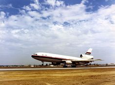 Douglas : DC-10 by San Diego Air & Space Museum Archives, via Flickr