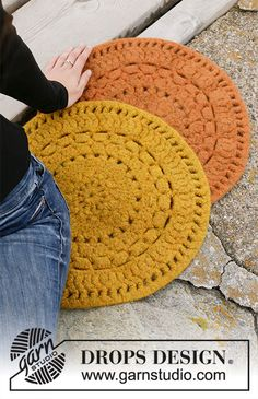 Free knitting patterns and crochet patterns by DROPS Design Drops Design, Summer Knitting, Free Knitting, Crochet Gratis, Free Crochet, Chunky Knitting Patterns, Crochet Patterns, Crochet Double, Magazine Drops