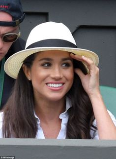 Meghan Markle will be joined by Kate Middleton in watching Serena Williams in the final Estilo Meghan Markle, Meghan Markle Style, Prince Harry And Megan, Harry And Meghan, Duke And Duchess, Duchess Of Cambridge, Prinz Harry Meghan Markle, Markle Prince Harry, Sussex