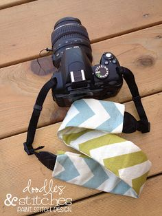 Doodles & Stitches: DIY Camera Strap Tutorial