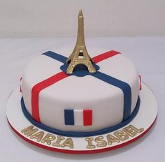 Bolo Paris de pasta americana: #bolosdecorados  #aniversario #festa #festaadulto #confeitaria #bolodeparis #paris Bolo Paris, 30, Pasta, Dishes, Desserts, Food, Cake Topper Banner, Cake Photos, Decorating Cakes