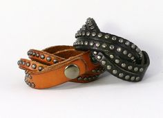 Leather Bracelet with Round Metal Studs Smooth por trueheartleather