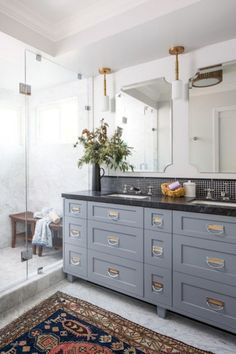 Fresh and cool master bathroom remodel ideas on a budget (11)