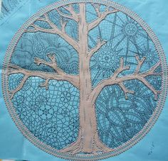 dentelle aux fuseaux - Hľadať Googlom                                                                                                                                                      Plus Bobbin Lacemaking, Types Of Lace, Bobbin Lace Patterns, Yarn Inspiration, Lace Heart, Landscape Quilts, Thread Art, Point Lace, Lace Jewelry