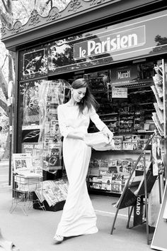 personal branding paris, carla coulson cest ma robe, fashion shoot paris, wedding dress, rent a couture gown, portrait paris, carla coulson