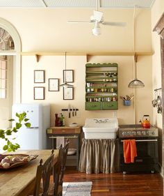 5 Things We Can Learn from This French Quarter Condo Kitchen — Learning from the Best