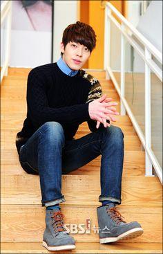 Kim Woo Bin @ SBS E! Interview!