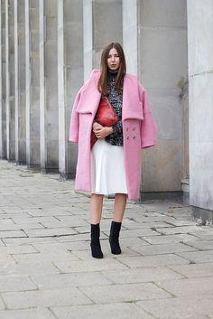 PINK COAT Olivia Kijo