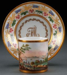 A HAND PAINTED NEAPOLITAN SCENIC CUP AND SAUCER : Lot 757 19th Century, Bay of Naples Scene