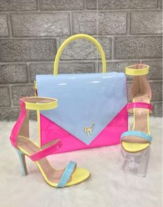 Luxury Shoes, Luxury Bags, Fresh Shoes, Louis Vuitton Shoes, Sneaker Heels, Beautiful Shoes, Fashion Boots, Me Too Shoes, Purses And Bags