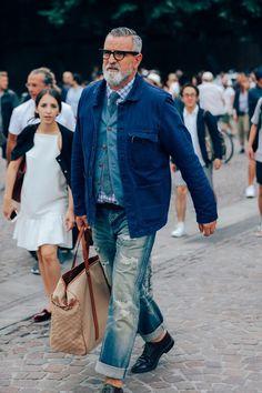 Pitti Moda | sprezzaturaeleganza: Pitti 90 Photo : Dan...