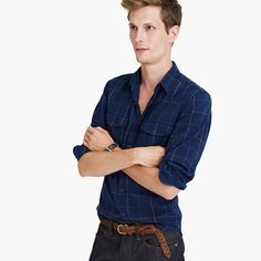 Flannel shirts don't get much more comfortable or classic than this. This one is made in a premium brushed midweight cotton that's not only soft but also comes in a timeless plaid pattern.<ul><li>Classic fit.</li><li>Cotton.</li><li>Point collar.</li><li>Machine wash.</li><li>Import.</li></ul>