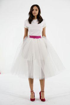 Pin for Later: Die 100 besten Hochzeitskleider der Brautmodenschauen Houghton Brautmode Herbst 2015