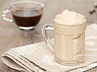 Ecco come preparare in casa la crema di caffè senza panna come quella del bar, è pronta in soli due minuti, è semplicemente favolosa! Romanian Food, Dash Diet, Lactose Free, Gelato, Coffee Break, Cake Cookies, Nutella, Mousse, Sweet Recipes